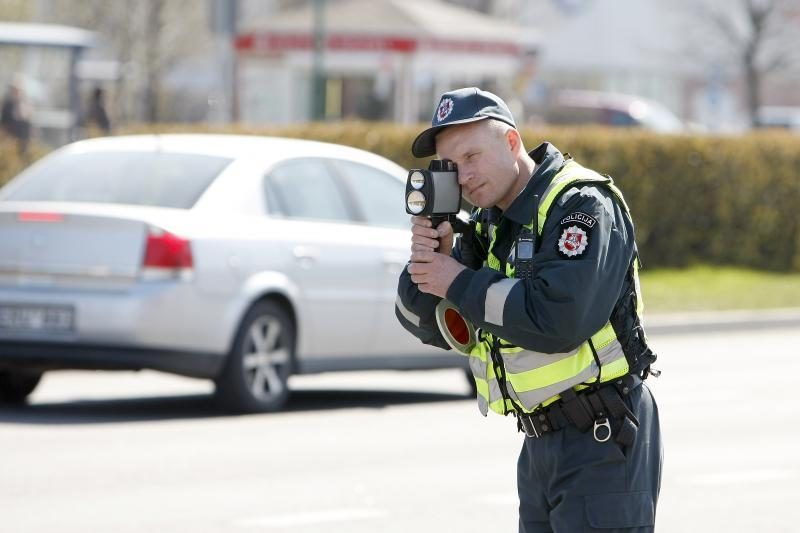 Skuodo policininkams įkliuvo neblaivus kurčnebylys vairuotojas