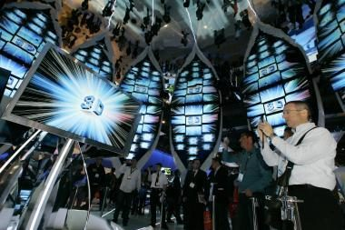 """""""Deloitte"""" prognozuoja sėkmingus metus energiją taupančioms technologijoms ir televizijai"""