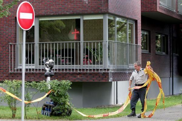 Kauniečių šeima gąsdinama kryžiais ir sprogmenimis (papildyta)