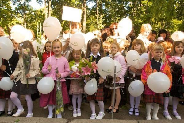 Rugsėjo 1-osios šventė šiandien skambės tik kai kuriose šalies mokyklose