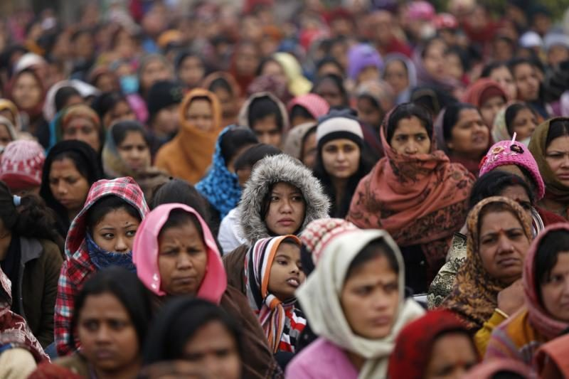 Maistas Indijos vargšams – rinkimų kampanijos žingsnis?