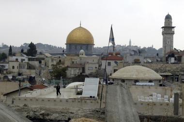 Jeruzalė: muziejų statys ant kapinių