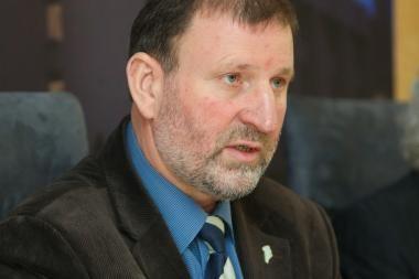 J.Šimėnas: Prezidentė gina dujininkų interesus
