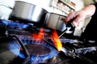 Brangesnės dujos karšto vandens kainos nepakels