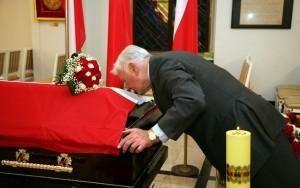 V.Adamkus Lenkijos prezidento laidotuvėse nedalyvaus