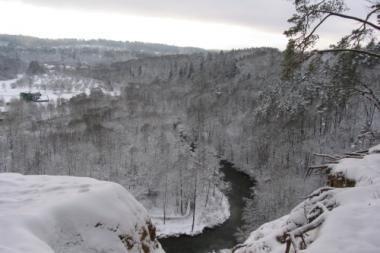 Sekmadienį Vilniuje – pėsčiųjų žygis snieguotais parkų takais