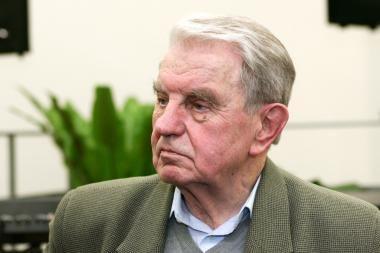 Poetui J.Marcinkevičiui – J.Aisčio premija