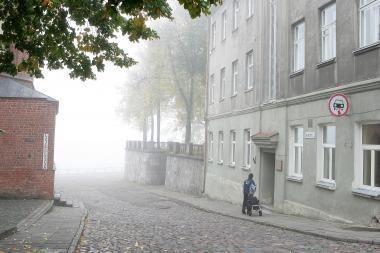 Šįryt miestą užklojo rūkas
