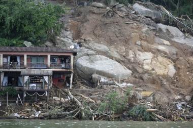Rio de Žaneire purvo nuošliaužai nuslinkus ant viešbučio, žuvo 19 žmonių