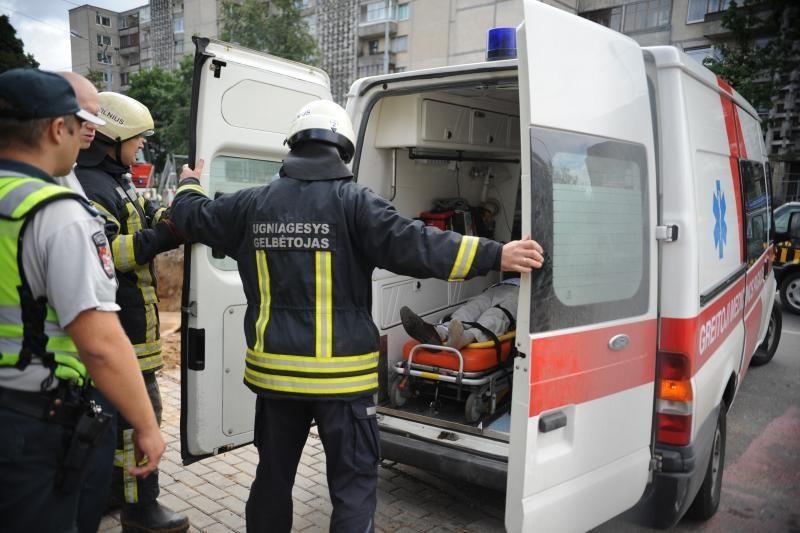 Iš įvykio vietos Vilniuje paspruko dvi moteris sužalojęs vairuotojas