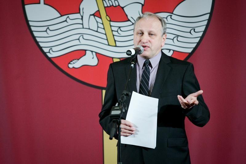 Naujuoju LRT tarybos pirmininku išrinktas Ž. Pečiulis