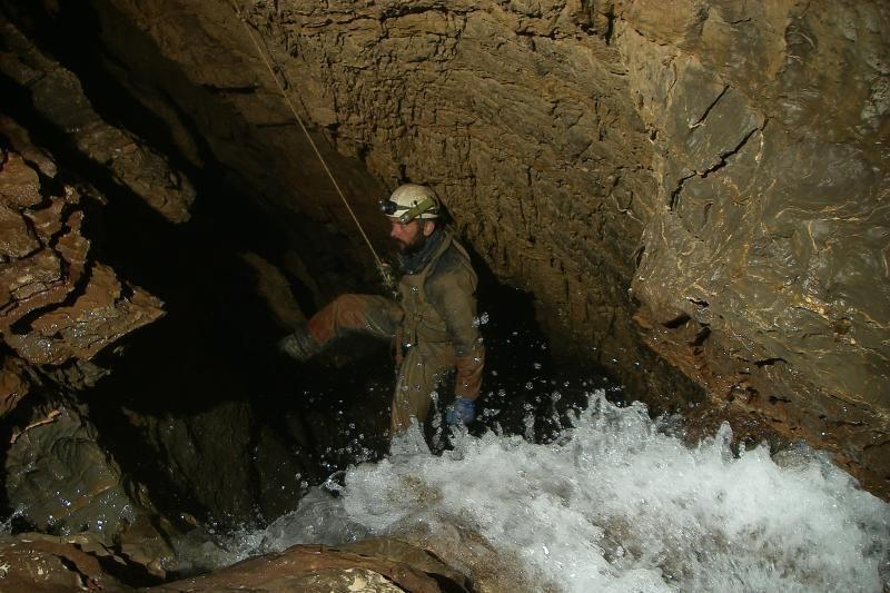 Kaukazo kalnuose speleologus užklupo liūtys