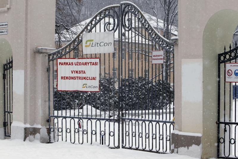 Sereikiškių parko rekonstruotojams šaltis – ne kliūtis dirbti?