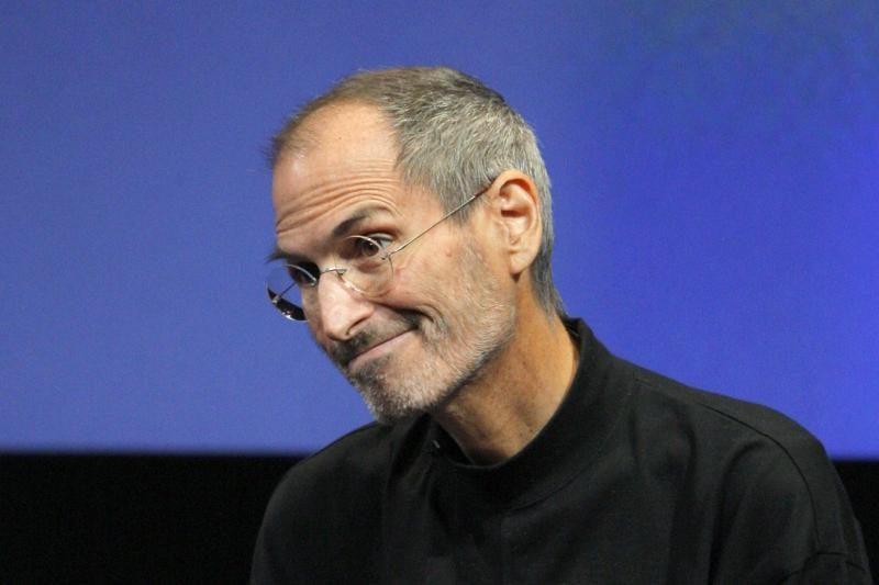 "Steve'as Jobsas norėjo sukurti ""iCar""?"