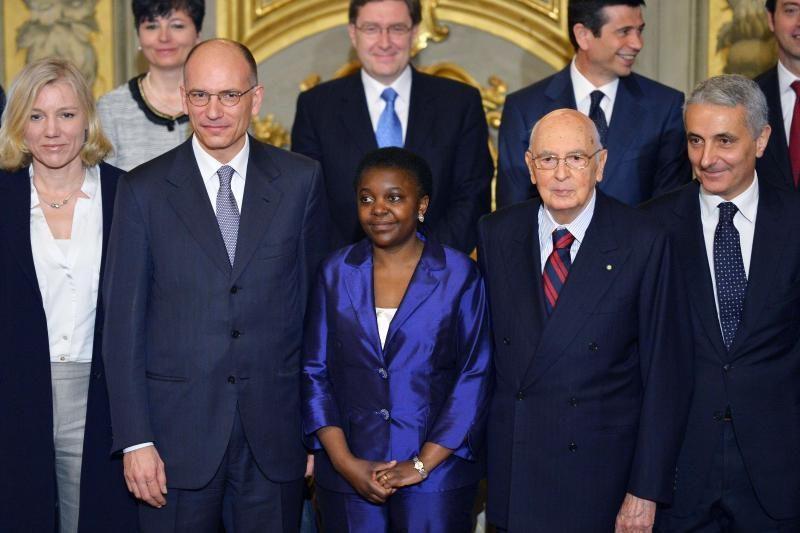 Italijos premjeru oficialiai prisaikdintas E. Letta