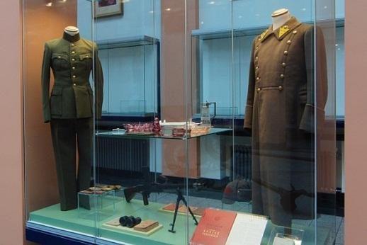 Karo muziejus eksponatus renka iš karių