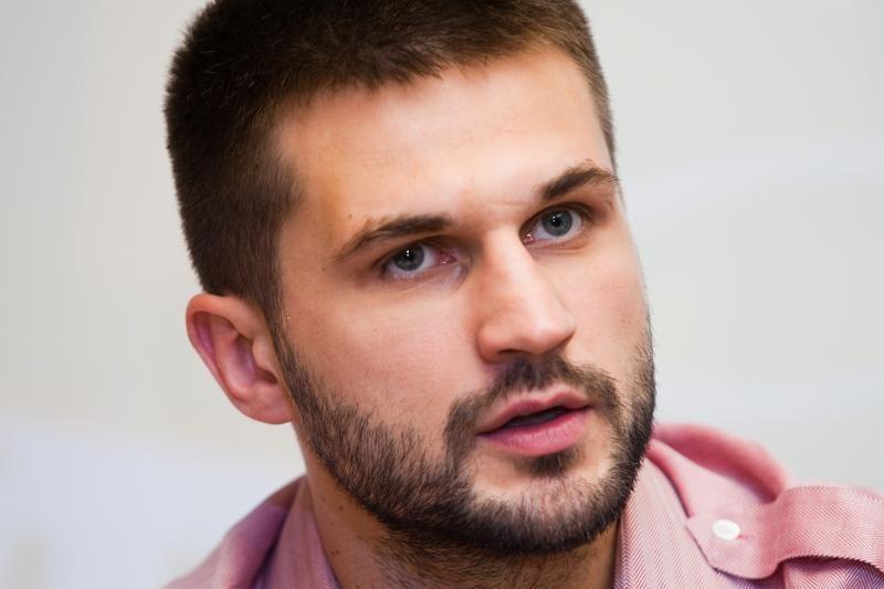 L.Kleiza tiktų abiem Lietuvos krepšinio lyderiams