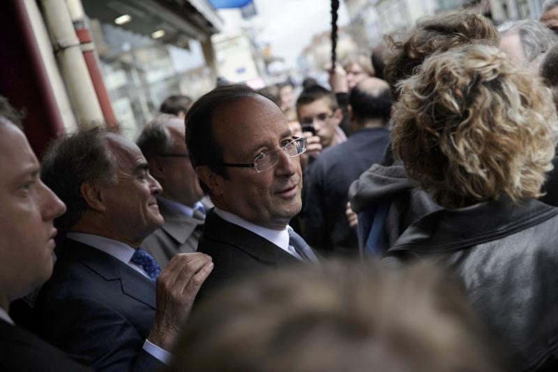F.Hollande'as: Sirijoje krizė neišsispręs, kol nepasikeis valdžia