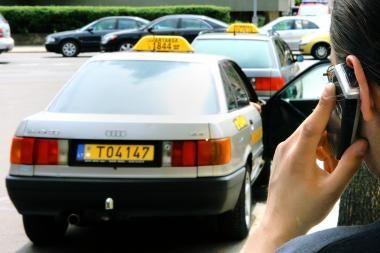 Kaune bus įrengta taksi stotelė neįgaliesiems