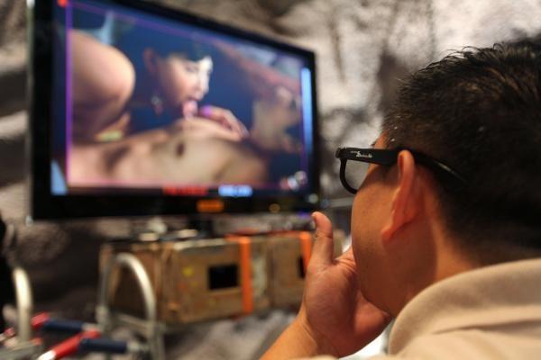 26 proc. britų telefonų kameras naudoja porno turiniui fiksuoti