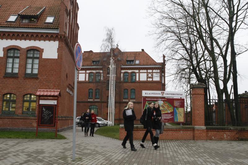 KU doktorantams paskirtos Lietuvos mokslo tarybos stipendijos