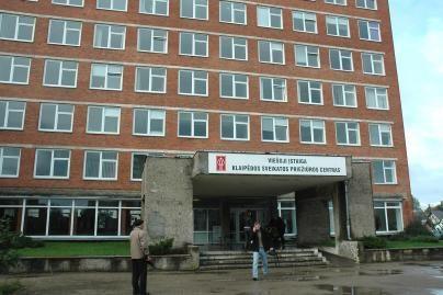 Didžiųjų ligoninių jungimas – įstrigęs