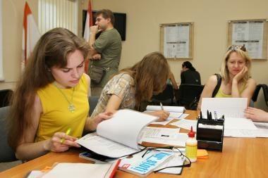 Seimas prieš, kad viešuosius darbus dirbtų studentai