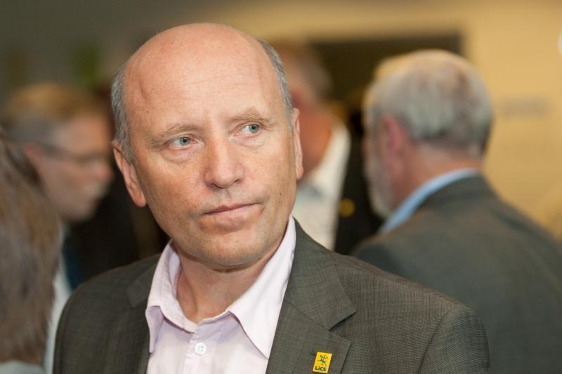 Po R.Palaičio kritikos V.Giržadas atsistatydinimo pareiškimo nerašė