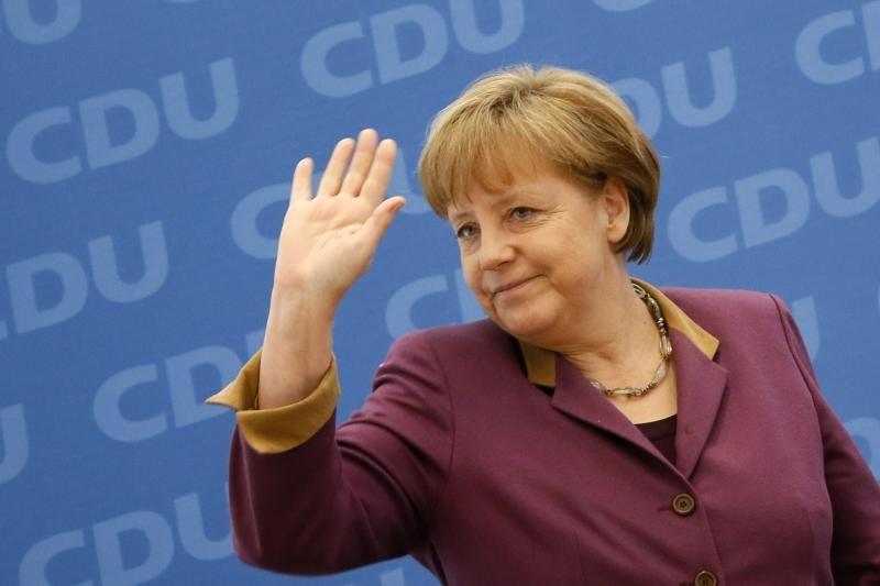 A.Merkel: eurui stiprinti politinės valios pakanka