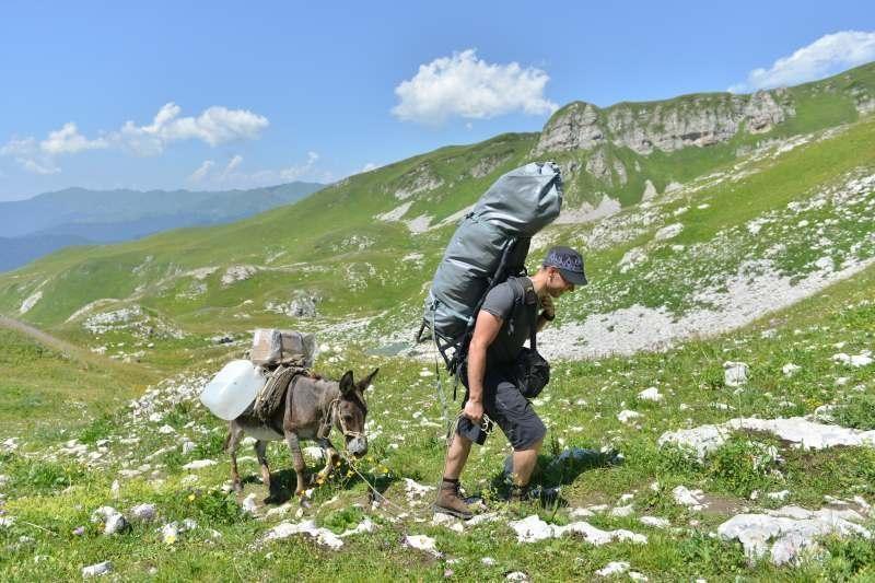 Lietuvos speleologai sėkmingai įsikūrė kalnų stovykloje