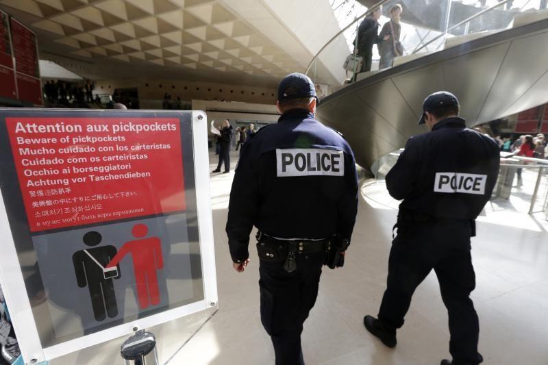 Luvras buvo uždarytas dėl darbuotojų streiko kišenvagių klausimu