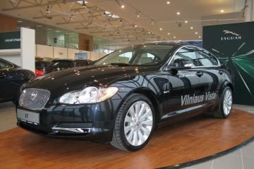 "Vadovai renkasi ""Jaguar XF"