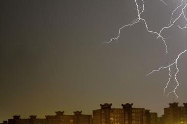 Nauja savaitė Lietuvoje prasidės su perkūnija ir lietumi
