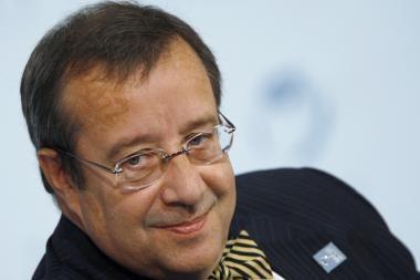 Estijos vadovas pritarė didesnėms aukščiausių pareigūnų algoms