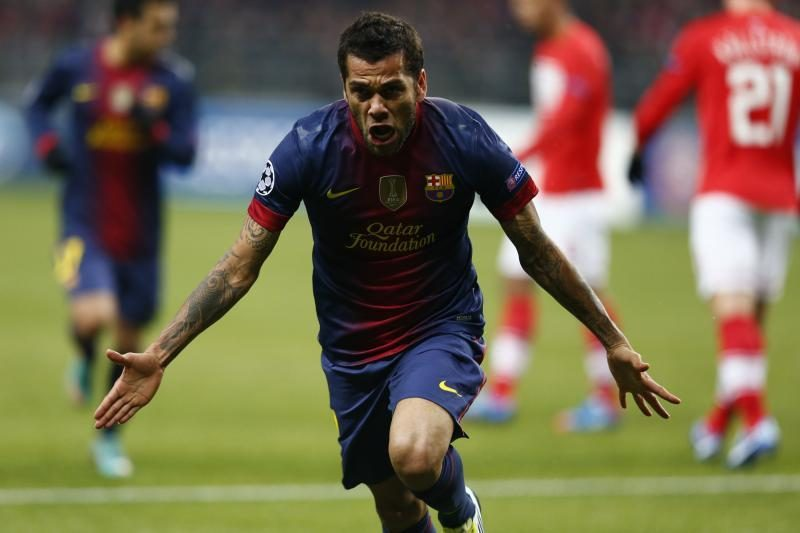 D. Alvesas palygino L. Messi ir C. Ronaldo žaidimą (komentaras)