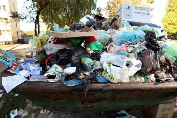 Kaune bus parinktos vietos atliekų konteineriams