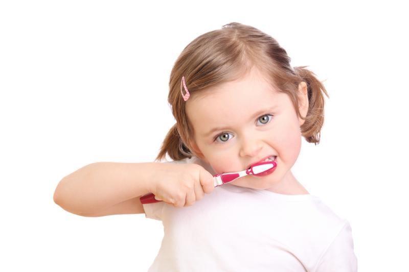 Dantų priežiūrai beveik pusė gyventojų skiria iki 500 litų per metus