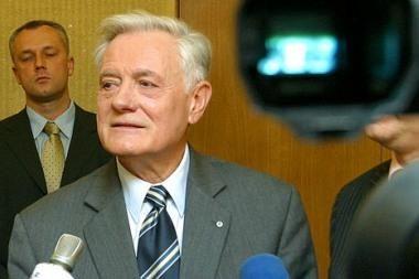 V.Adamkus nenumato Lietuvos bankų sugriuvimo