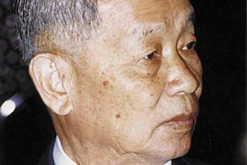 """Tailande mirė energinio gėrimo """"Red Bull"""" magnatas"""