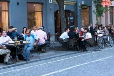 Miesto parama verslininkams – palengvinta lauko kavinių tvarka