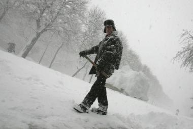 Kelininkai baigia valyti Vilniaus gatves