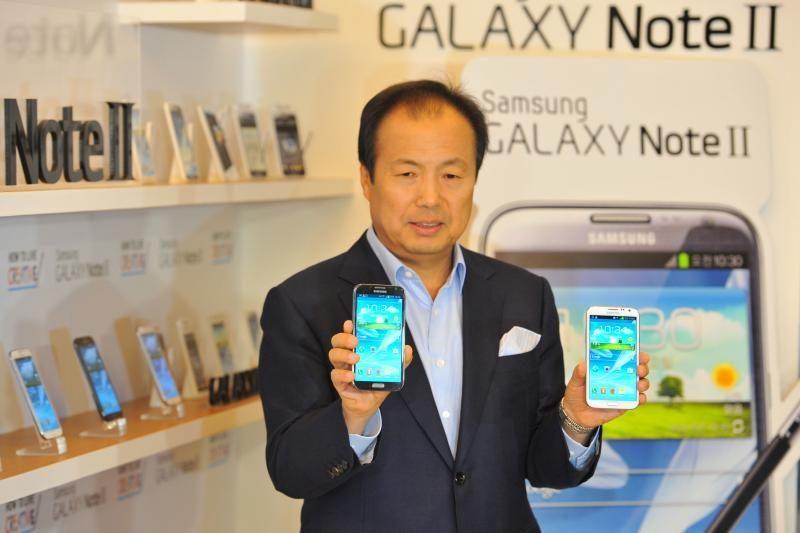 """""""Samsung"""" šiųmetis užmojis - parduoti pusę milijardo telefonų"""