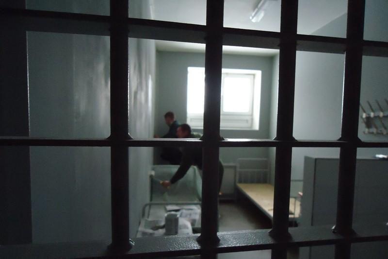 Iš Vilniaus ligoninės pabėgo susižalojusi areštantė