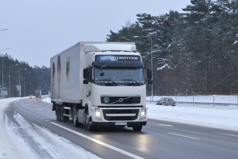 Techninė naujovė – pagalba sunkvežimių vairuotojams