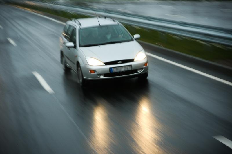 Vakarų ir šiaurės Lietuvoje – krituliai, naktį galimas plikledis
