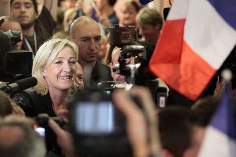 Prancūzijos socialistai su sąjungininkais surinko daugiausiai balsų