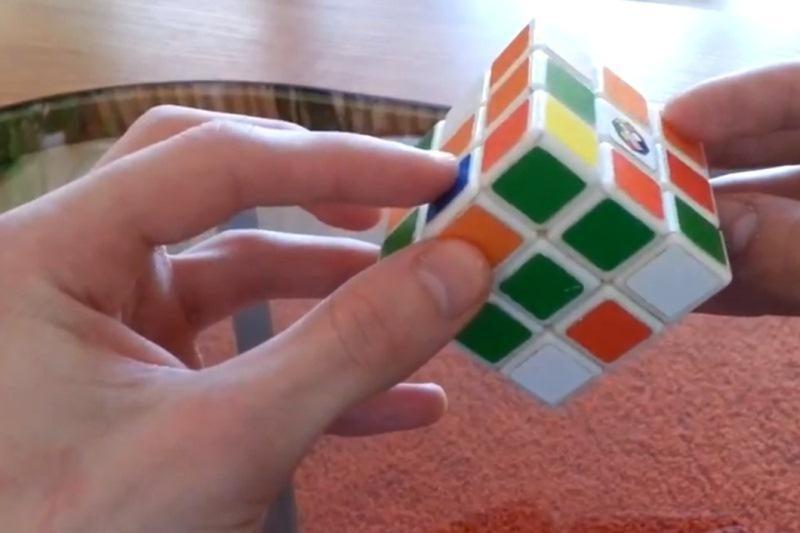 Kaip greitai surinkti Rubiko kubą? (sprendimo būdai)