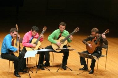 Gitaristai koncerte klaipėdiečius intriguos kontrastais