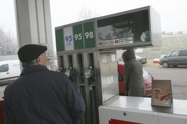 Populiariausio benzino kaina artėja prie 4 litų už litrą