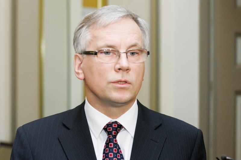 R. Šadžius nurodė paaiškinti, kodėl sumažėjo PVM ir akcizo įplaukos